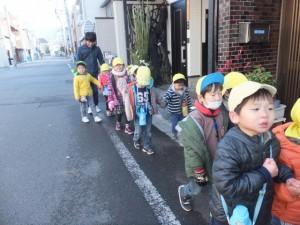 凧あげお散歩 (3)
