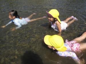 川遊び (15)